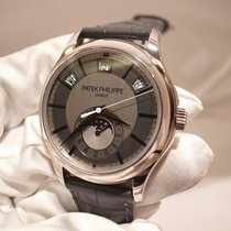 パテック・フィリップ (Patek Philippe) Annual Calendar Moonphase - 5205G-010
