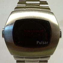 Pulsar vintage NOS 1977 LED watch all steel P2 date TIME COMPUTER