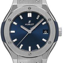 Hublot Classic Fusion 33mm Quarz Titanium Blue
