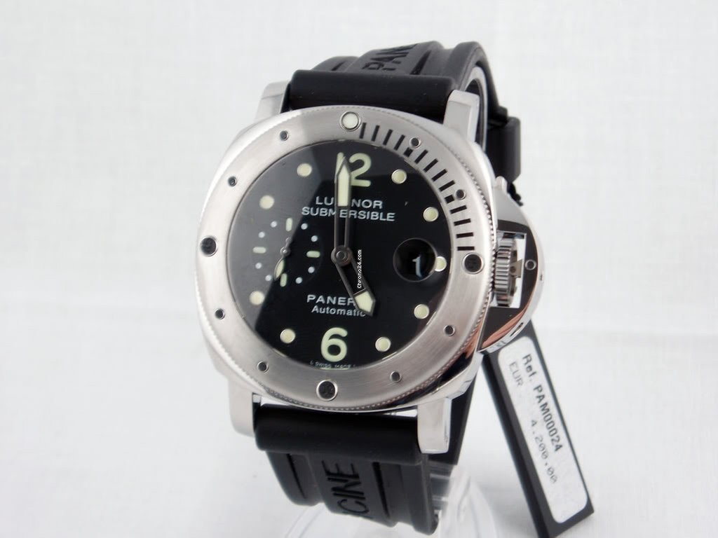 with leather strap luminor dial in watches watch on days main panerai ceramic submersible essential pam black