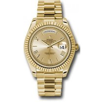 Rolex Day-Date 40 228238 18K Yellow Gold 40MM Champagne Roman...