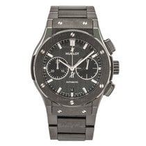 Hublot Classic Fusion Chronograph Black Magic Bracelet 45 mm