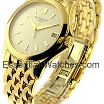 Patek Philippe 5107/1J Calatrava 5107 37mm in Yellow Gold - on...