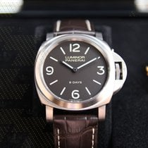 파네라이 (Panerai) PAM00562  Luminor Base 8 Days Acciaio