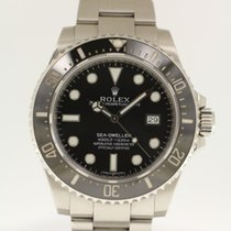 Rolex Sea-Dweller 4000 from 2015 complete with box and papers