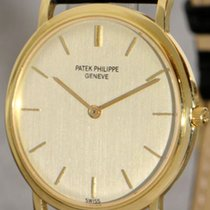 Patek Philippe Calatrava 18K Gold luxury gent's wristwatch...