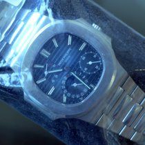 パテック・フィリップ (Patek Philippe) Nautilus Moon Phase Power Reserve...