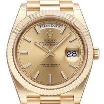 Rolex Day-Date 40 18 kt Gelbgold Ref. 228238 Champagner