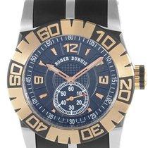 로저드뷔 (Roger Dubuis) Easy Diver Steel and 18K Rose Gold REF:...