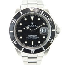 Rolex Submariner date 16610 with papers