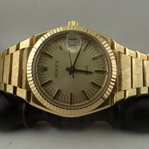 Rolex Ref. 5100 Texano Beta 21 gold limited edition textured