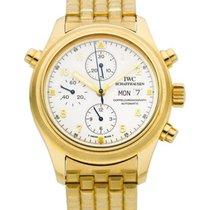 IWC 3713_yellow_bracelet PIlots Dopplechrono in Yellow Gold -...