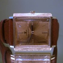 Jaeger-LeCoultre vintage square classic solid gold ref 1932...