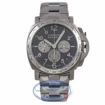 파네라이 (Panerai) Panerai Luminor Titanium 40MM Grey Dial...
