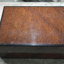 TB Buti maxi wooden watch box used condition