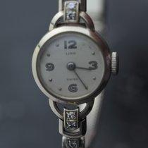 wristwatch 1070 - 1080