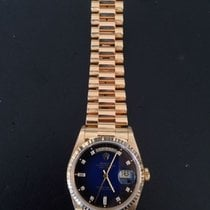 Rolex Oyster Perpetual Day Date ref. 18238– Unisex – 1990-1999...