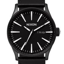 Nixon A105-005 Sentry Leather Black White 42mm 10ATM
