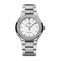 Hublot Classic Fusion 33mm Automatic Titanium Mens Watch Ref...