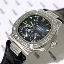 Patek Philippe Nautilus Moon Phase White Gold with Diamond...