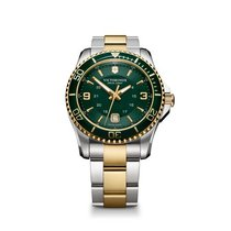 Victorinox Swiss Army Maverick large green dial and bezel,...