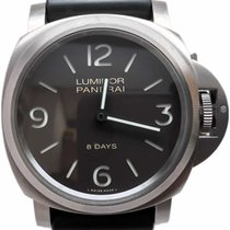 Panerai 562 Luminor Base 8 Days Titanio PAM00562