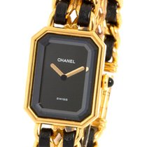 Chanel, Première