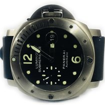 パネライ (Panerai) Luminor Submersible 300 m
