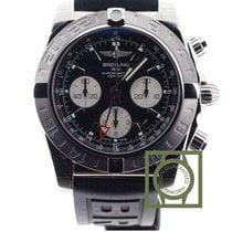 百年靈 (Breitling) Chronomat 44 GMT Chronograph Black Dial Rubber...