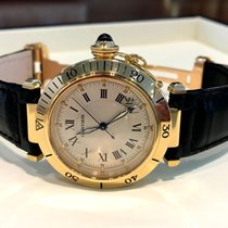 Cartier Pasha Yellow Gold Depl. Clasp 18 krt / 39 mm
