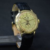 Titus Triple Date Moon Phase