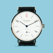Nomos Tangente 35mm Doctors Without Borders UK Saphirglasboden...