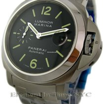 파네라이 (Panerai) Luminor Collection Stainless Steel Black Dial...