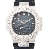 Patek Philippe Nautilus White Gold Dark Blue Automatic 5724G-001