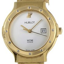Hublot HUBCLASYLW Classic - Ladys Size - Yellow Gold on Rubber...