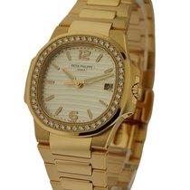 Patek Philippe 7010/1R-011 Ladys Nautilus Rose Gold on...