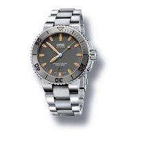 Oris Men's 733 7653 4158-07 8 26 01PEB Aquis Date Watch