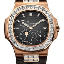 Patek Philippe Nautilus Rose Gold 5724R-001 Baguette Diamond Case