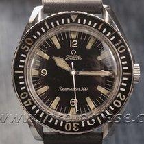 Omega Original 1966 Seamaster 300 Ref. 165.024 Military-style...