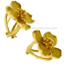 Tiffany and Co. 18k yellow gold flower ear clips for pierced...