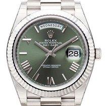 Rolex Day-Date 40 18 kt Weißgold 228239 Olivgrün R
