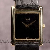 Piaget Tank Extra Plate Solid 18kt. Gold Cal. 9p Box & Papers