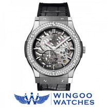 Hublot - Classic Fusion Classico Ultra-Thin Diamonds titan...