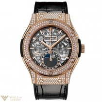 Hublot Classic Fusion 42mm Moonphase King Gold Pave Automatic...