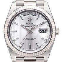 Rolex Day-Date 40 18 kt Weißgold 228239 Silber