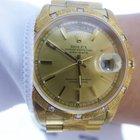 Rolex Day Date Yellow Gold President Bark Diamonds Bezel 18308