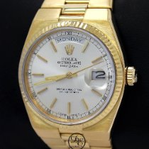 Rolex Day-Date Oysterquartz Yellow gold 36mm Champagne