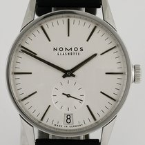 NOMOS Zürich Datum pre-owned 39.5mm Silver Leather