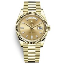 Rolex Day-Date 40 Yellow gold 40mm Champagne No numerals