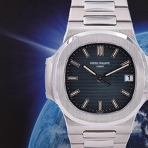 Patek Philippe Steel 38mm Automatic 5800/1A-001 pre-owned